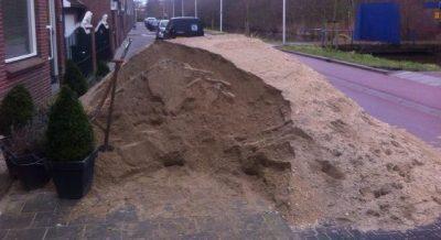 Berg zand kruien