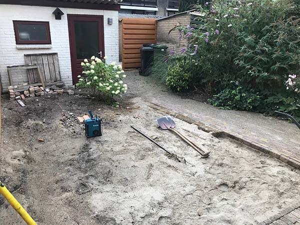 tuin met douglas pergola